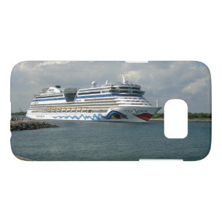 Smiling Ship in Channel Samsung Galaxy S7 Case