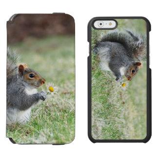 Smiling Squirrel with Daisy Incipio Watson™ iPhone 6 Wallet Case