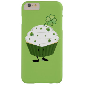 Smiling St. Patrick's day cupcake Barely There iPhone 6 Plus Case