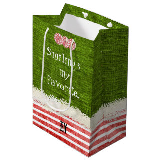 """Smiling's my favorite"" Christmas Elf Quote (M) Medium Gift Bag"