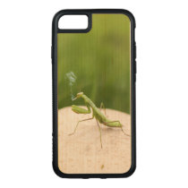 Smoking mantis carved iPhone 8/7 case