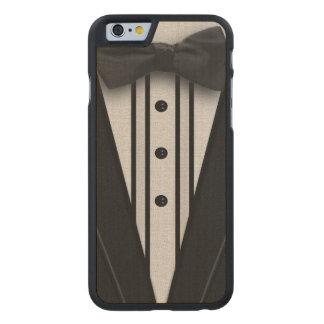 Smoking negro con la pajarita funda de iPhone 6 carved® slim de arce