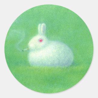 Smoking rabbit classic round sticker