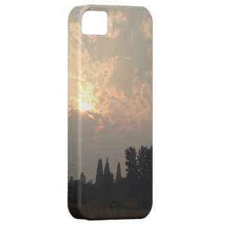 Smoky Shasta Sunset iPhone SE/5/5s Case