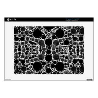 "Smooth Fancy Blk&Wht Pattern 15"" Laptop Decals"
