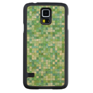 Smooth irregular green background carved® maple galaxy s5 case