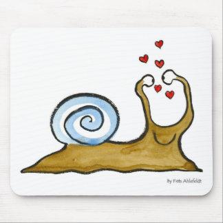 snail love mouse pad