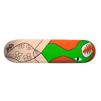 Snake tie skate board