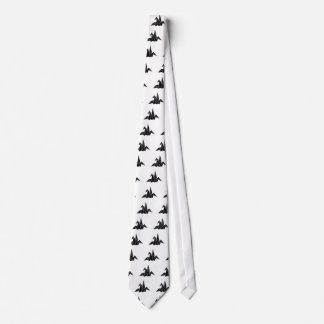 Snapping crane tie