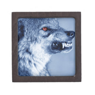 Snarling wolf (Canis Lupus), profile (Digital Jewelry Box