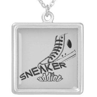 Sneaker addict Necklace