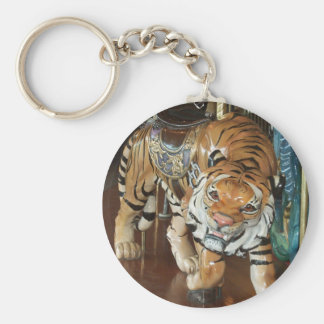Sneaky Tiger Basic Round Button Keychain