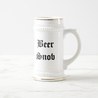 Snob de la cerveza jarra de cerveza