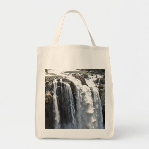 Snoqualmie Falls 05 Bags