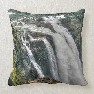 Snoqualmie River Falls Washington, US Nature Photo Throw Pillow