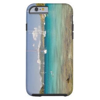 Snorkelers en la ensenada idílica de la ensenada funda resistente iPhone 6