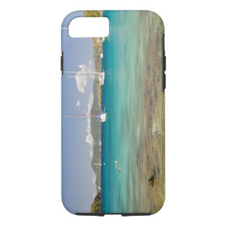 Snorkelers in idyllic Pirates Bight cove, Bight, iPhone 8/7 Case