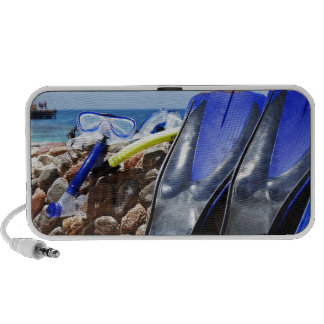 snorkeling tools travelling speaker