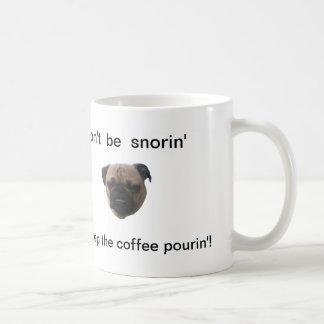 Snortimer la taza de café del barro amasado