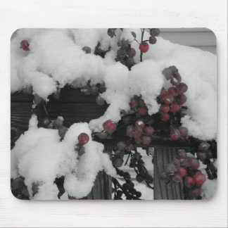 snow berries mouse pad