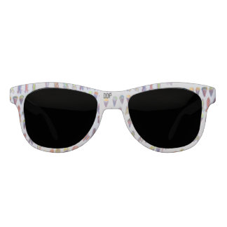 Snow cane and surf broad sunglasses