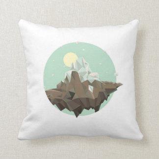 Snow edge pillow