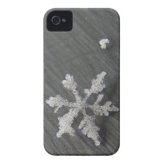 Snow Flake 44 ~ BlackBerry Bold CaseMate Case-Mate iPhone 4 Case