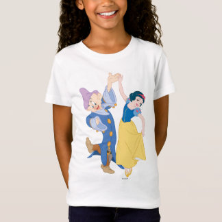 Snow White and Dopey dancing T-Shirt
