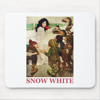 Snow White and The Seven Dwarfs Mouse Pad