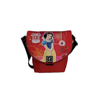 Snow White - Cheerful and Caring Messenger Bag