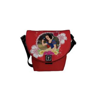 Snow White - Kind to all Big and Small Messenger Bag