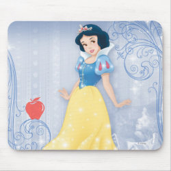 Mousepad with Princess Snow White with Poisened Apple design