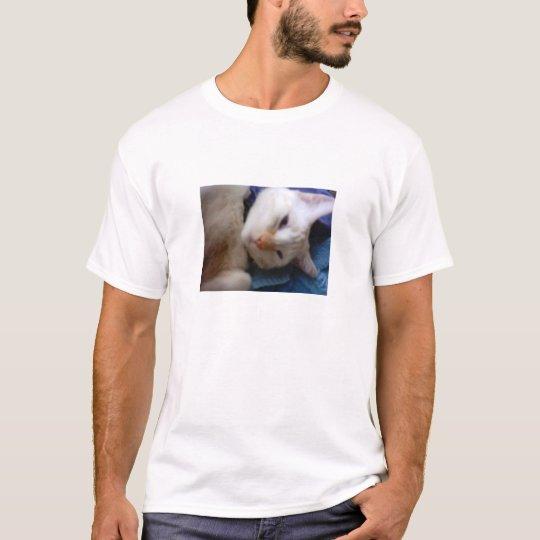 """""""Snowball the Cat"""" T-Shirt"""