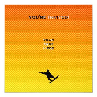 """Snowboard amarillo-naranja invitación 5.25"""" x 5.25"""""""