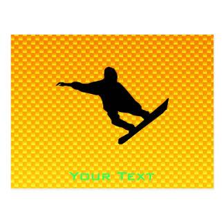 Snowboard amarillo-naranja postal