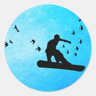 snowboard con los pájaros pegatina redonda