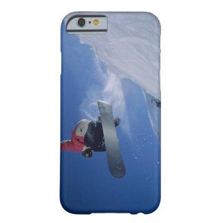 Snowboard en el centro turístico del Snowbird, Funda De iPhone 6 Barely There