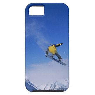Snowboard en la quebrada del grisáceo, pequeño Cot iPhone 5 Cárcasas