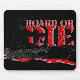 snowBOARD or die Mouse Pad