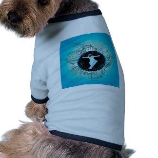 Snowboarder con grunge y damascos camiseta con mangas para perro