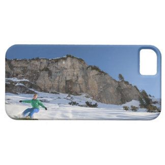 Snowboarder free riding iPhone 5 case