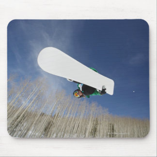 Snowboarder Getting Vert Mouse Pad