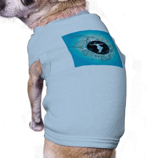 Snowboarder with grunge and damasks dog tshirt