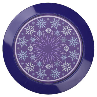 Snowflake Blizzard in the Round on Purple USB Charging Station
