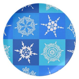 SNOWFLAKE PATTERN ~ PLATE