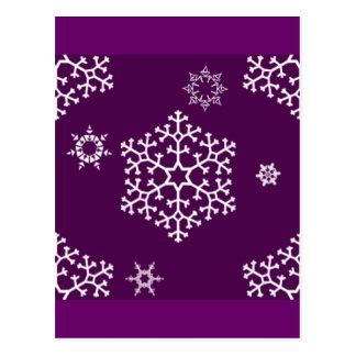 snowflakes_on_dark_magenta postcard