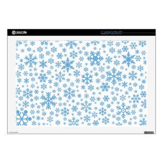 """Snowflakes Skin For 17"""" Laptop"""
