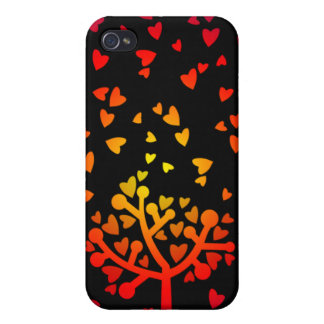 Snowing Hearts Covers For iPhone 4