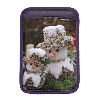 Snowmen Wearing Pinecone Hat Sleeve For iPad Mini