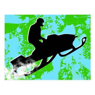 snowmobile. rastro del polvo postal